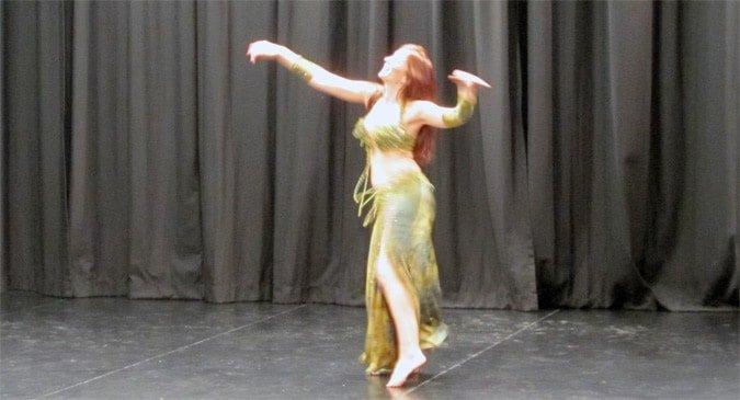 Solo dancer
